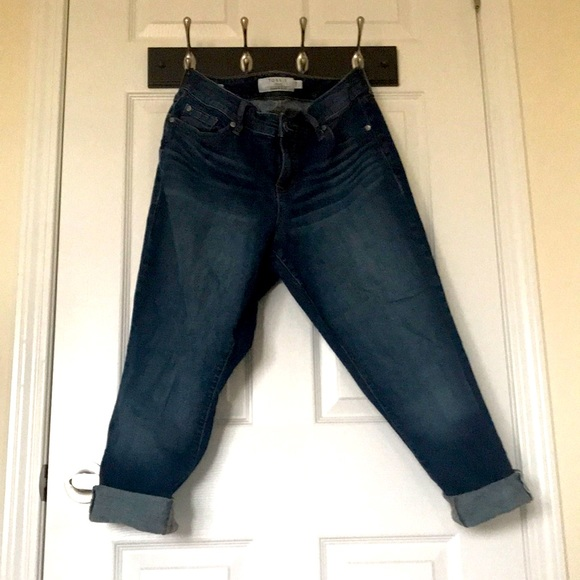 Jeans. Plus size. Ankle skinny.